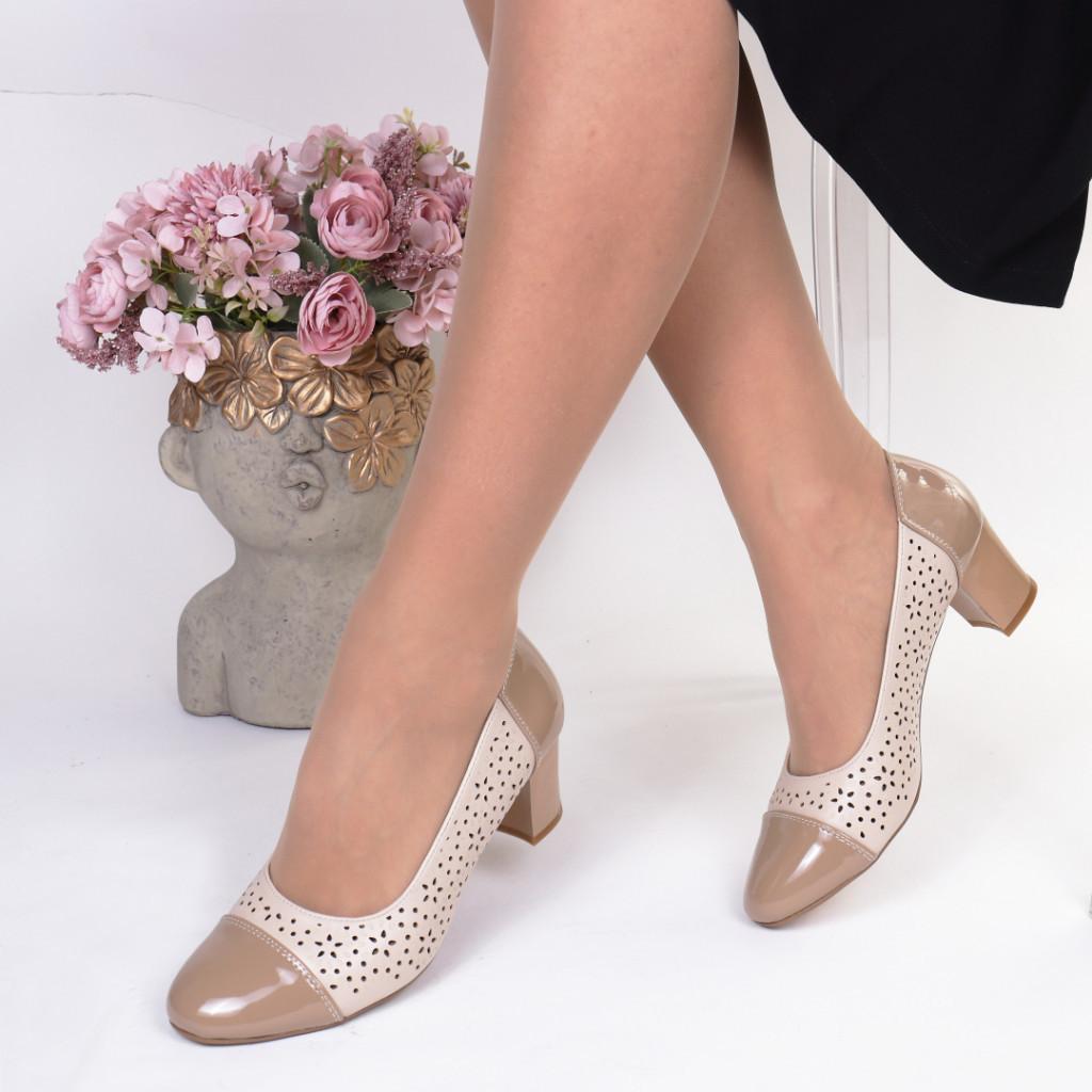 Pantofi bej piele ecologica Lecadia