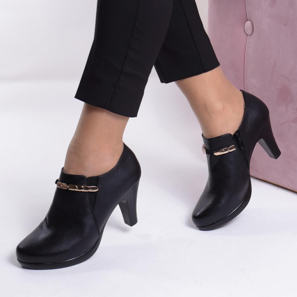 Pantofi piele ecologica Robina