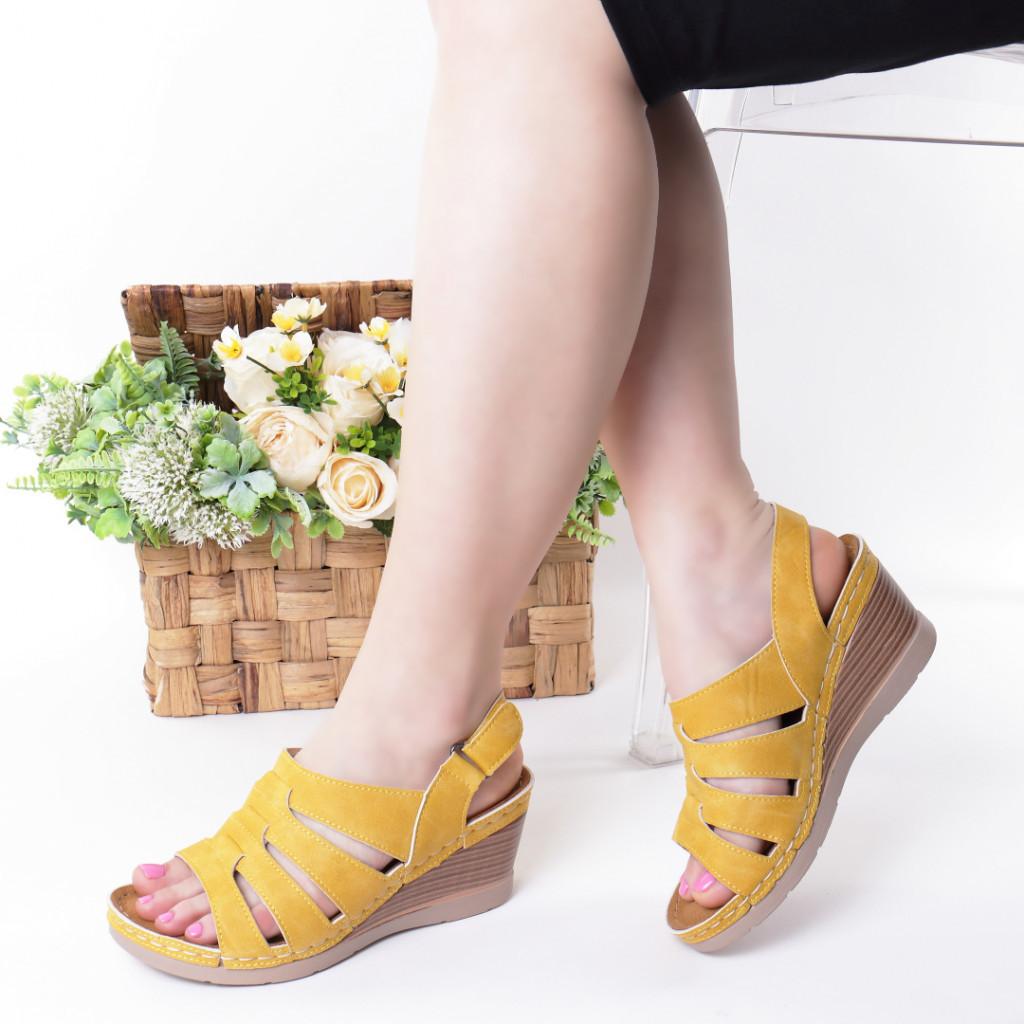 Sandale galbene piele ecologica Giorgia