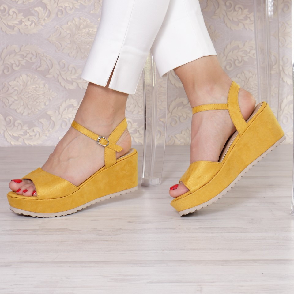 SANDALE GALINA YELLOW