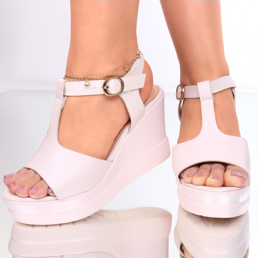 Sandale piele ecologica roz prafuit Renea