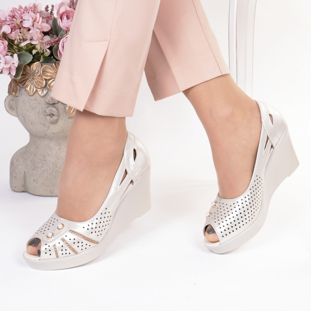 Pantofi bej piele ecologica Cristela