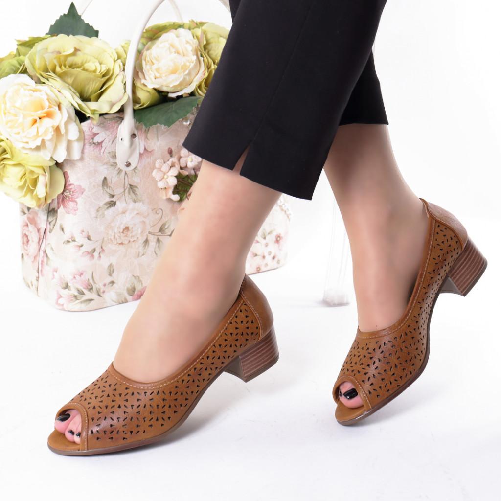 Pantofi maro piele ecologica Hermana