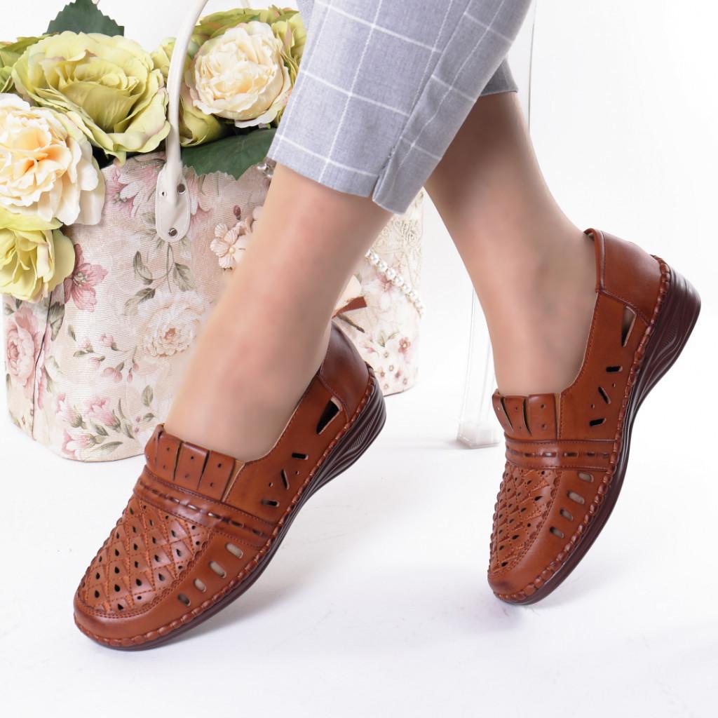 Pantofi maro piele ecologica Radita
