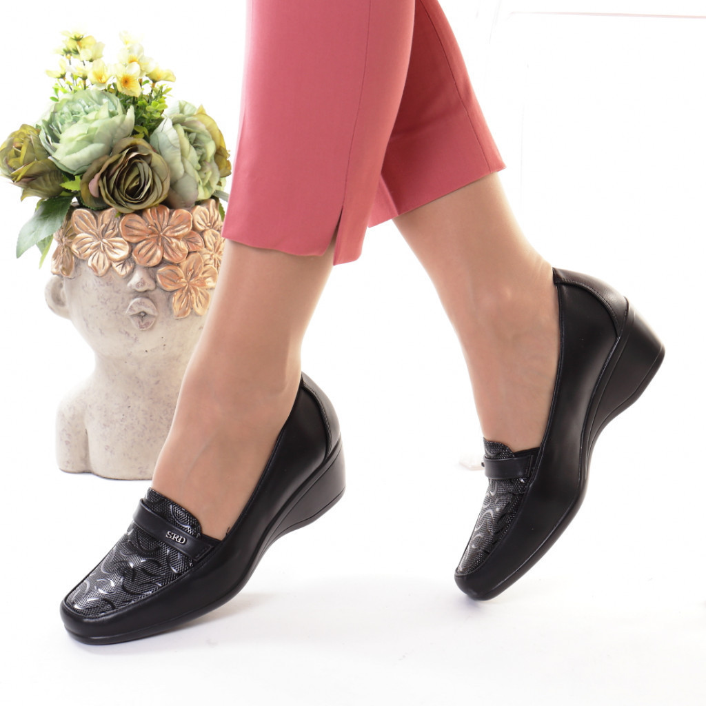 Pantofi negri piele ecologica Ecana