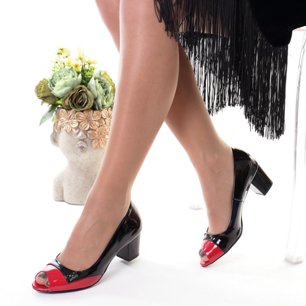 Pantofi rosi piele ecologica Amiga