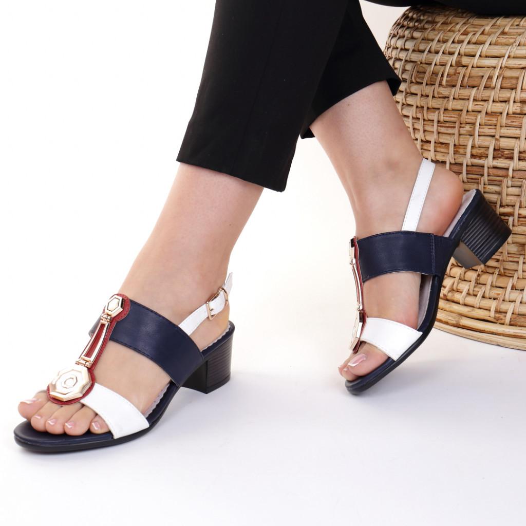 Sandale piele ecologica alb cu bleumarin Yvone