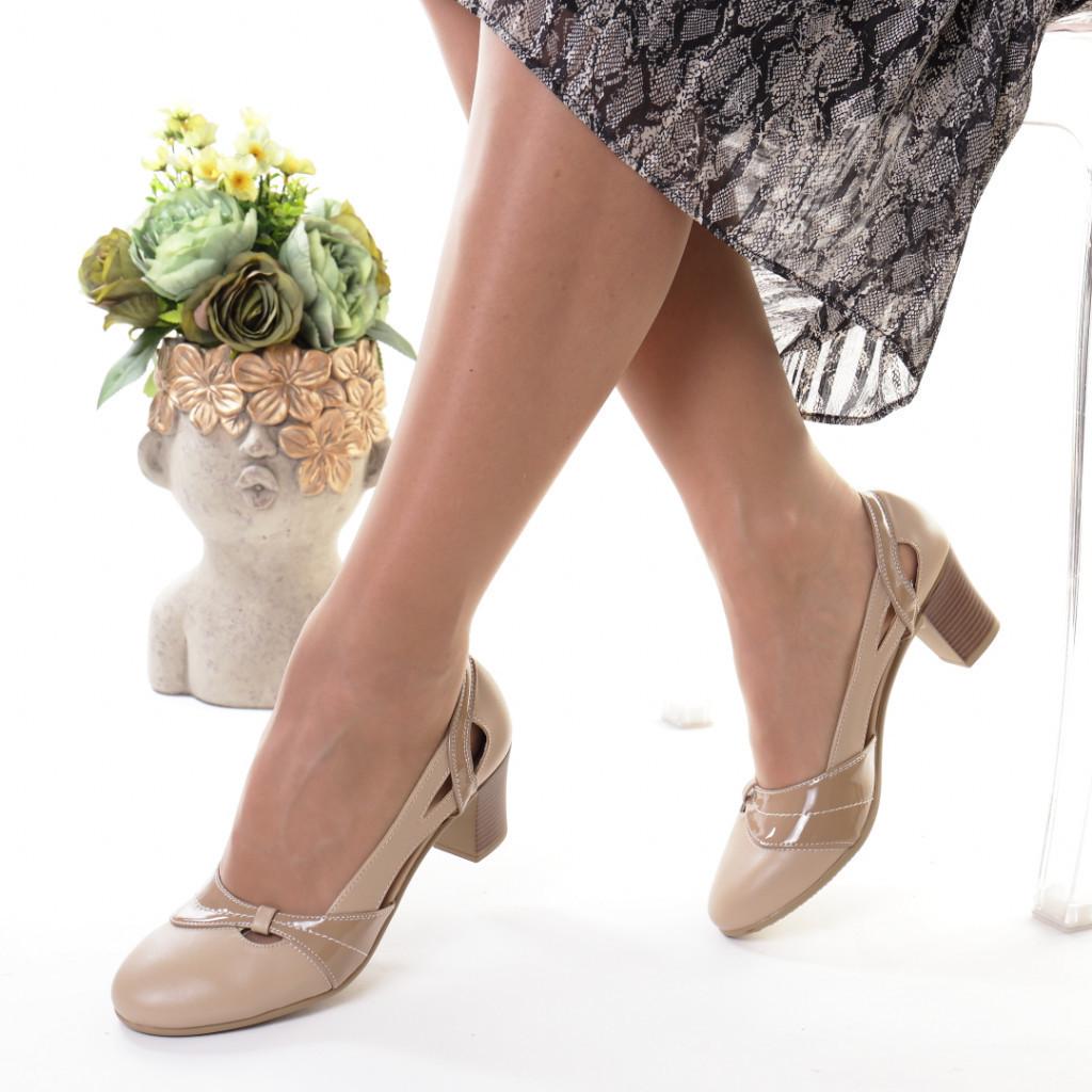 Pantofi bej piele ecologica Emigia