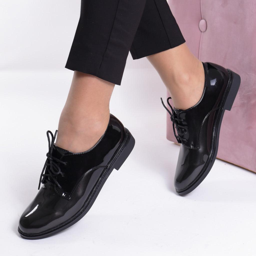 Pantofi negru cu gri piele ecologica lacuita Okena