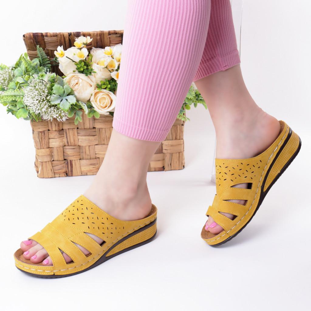 Papuci galbeni piele ecologica Savina