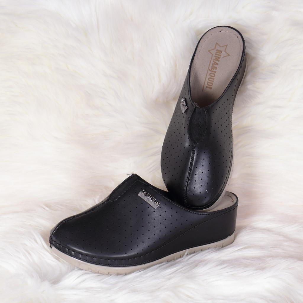 Papuci medicinali negri din piele ecologica Tila