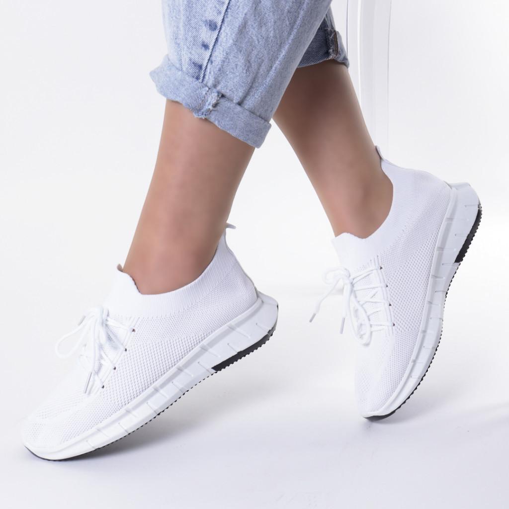 Adidasi albi material textil Nanda