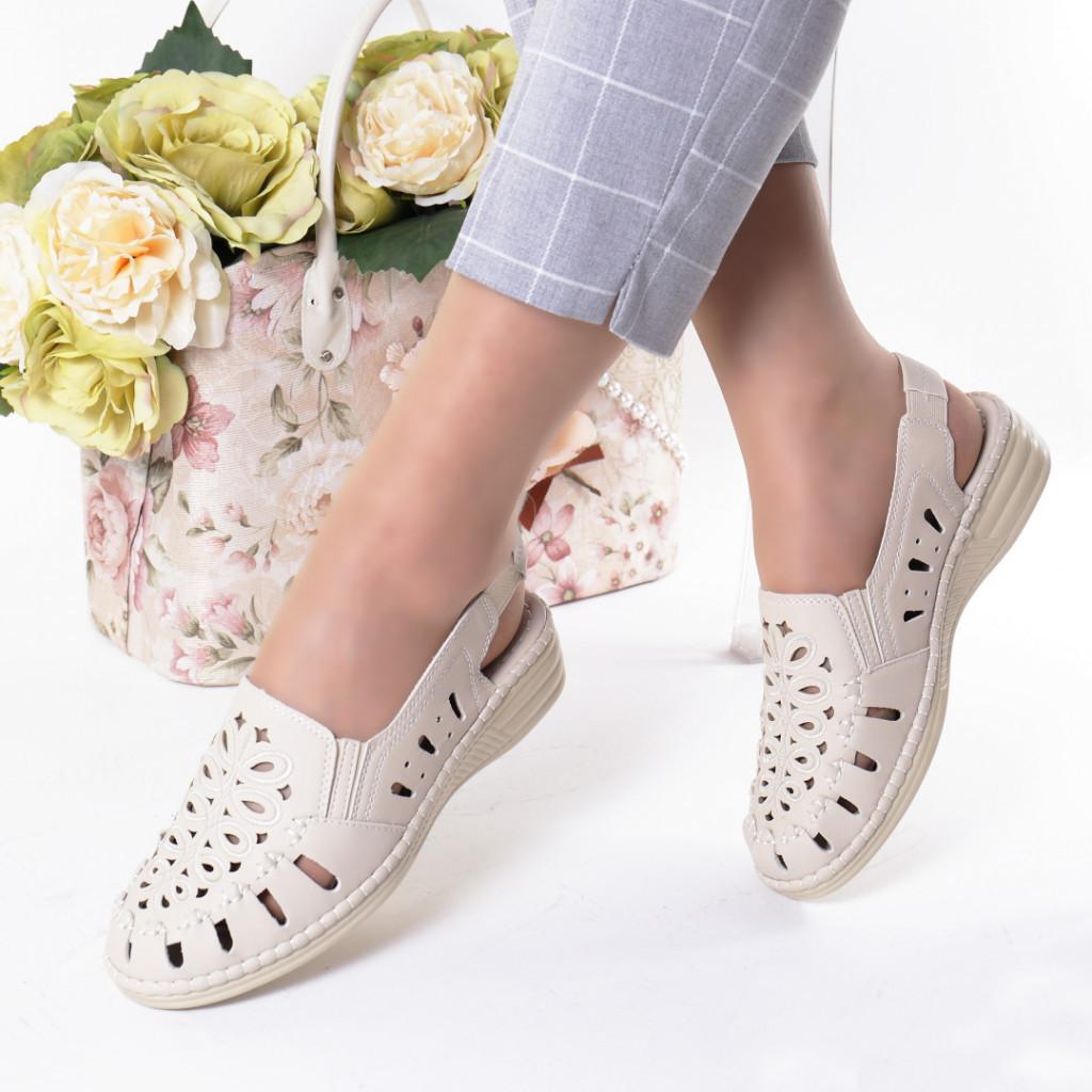 Pantofi crem piele ecologica Gizema