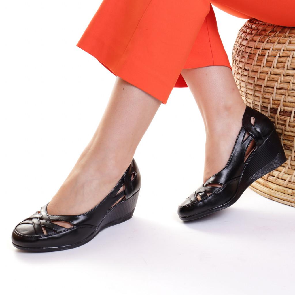 Pantofi piele ecologica negri Akulina