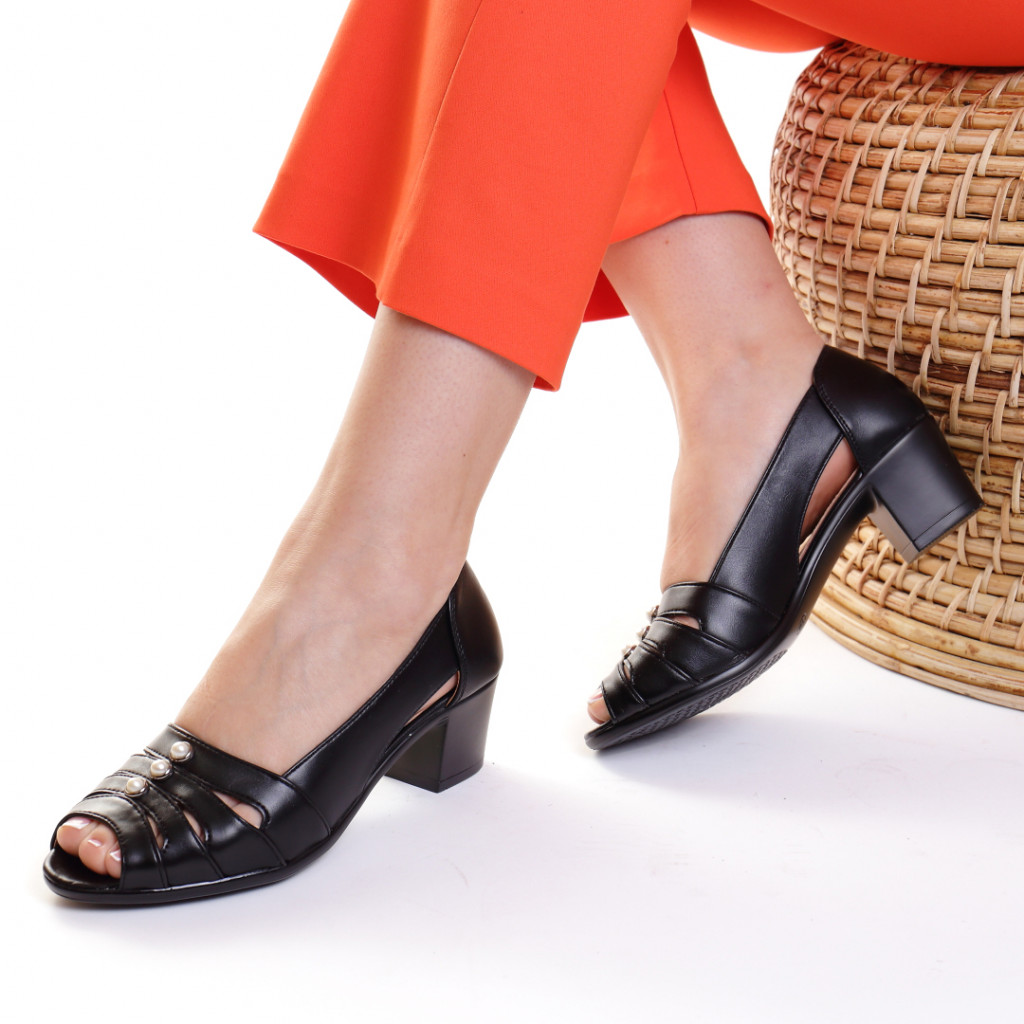 Pantofi piele ecologica negri Genya