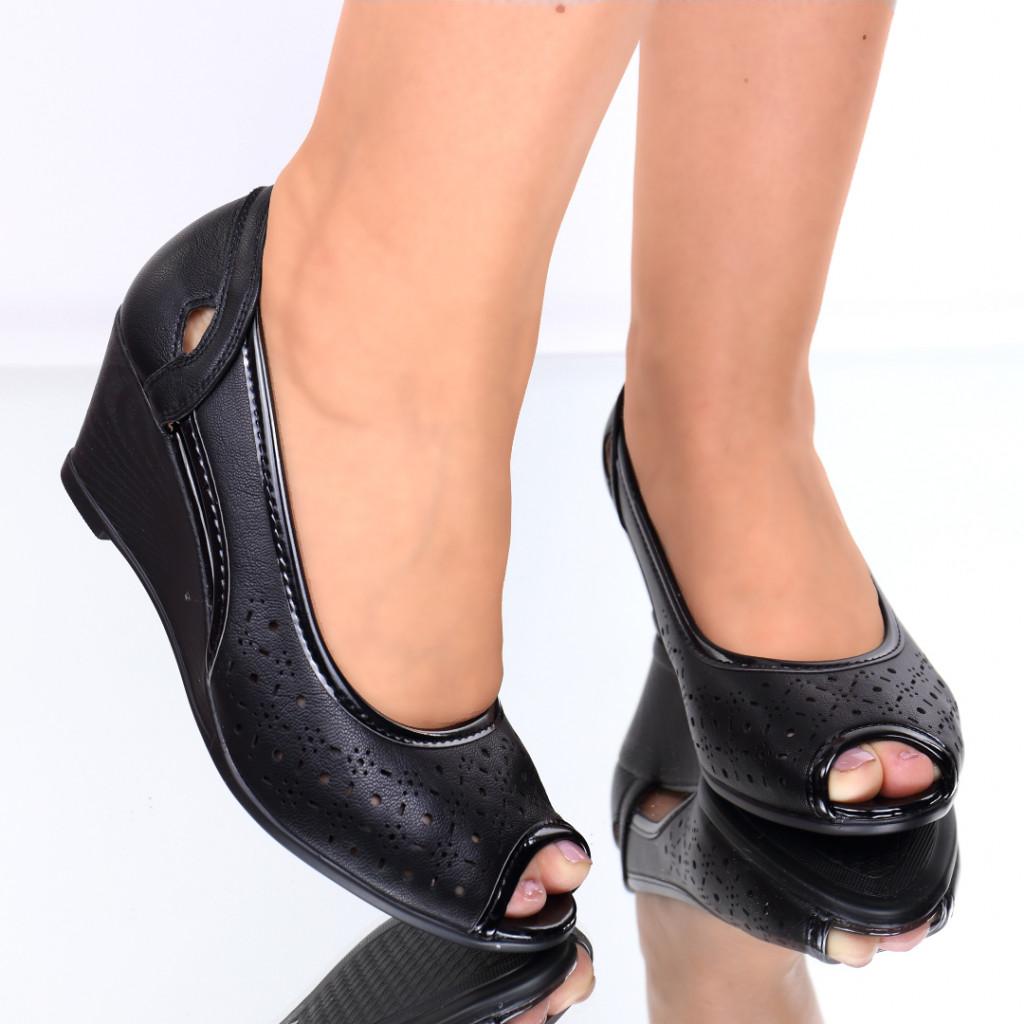 Pantofi piele ecologica negri Nastasia