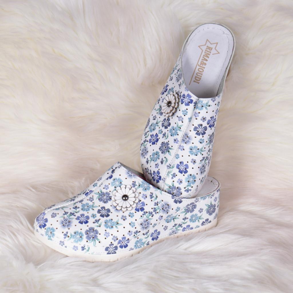 Papuci medicinali cu floricele din piele ecologica Tila