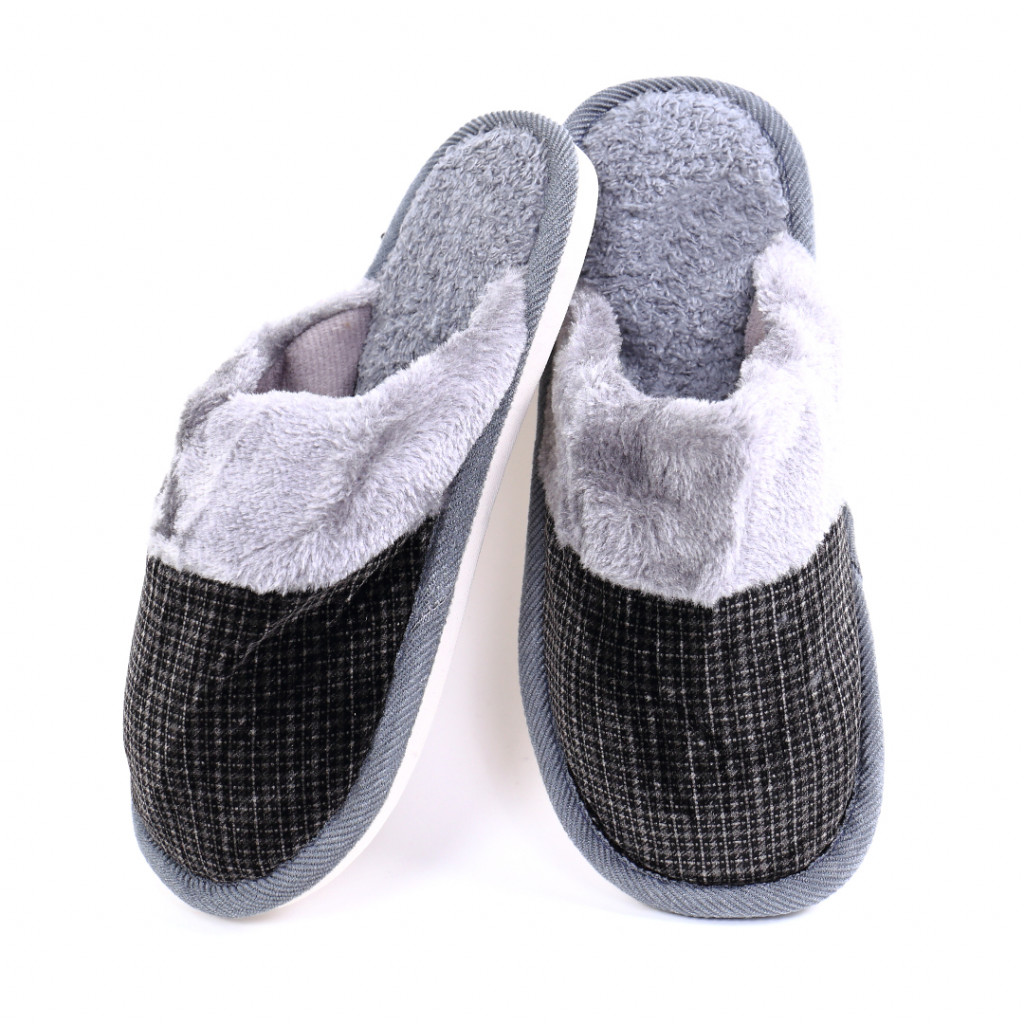 Papuci simpli negri Tom