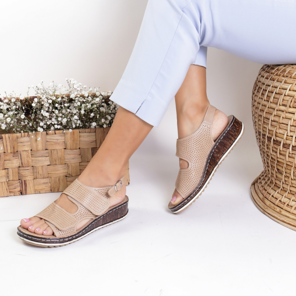 Sandale piele ecologica bej Alfreda