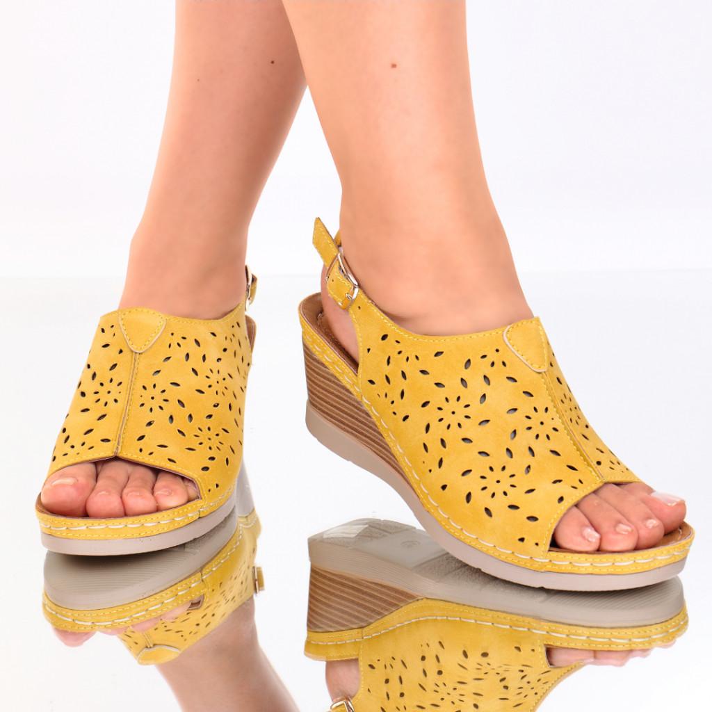 Sandale piele ecologica galbene Zora