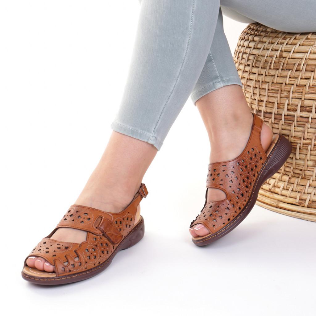 Sandale piele ecologica maro Iudita