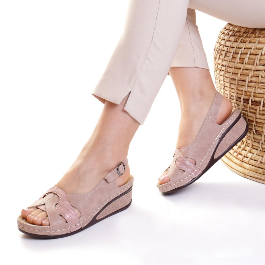 Sandale piele ecologica roz Mihaela