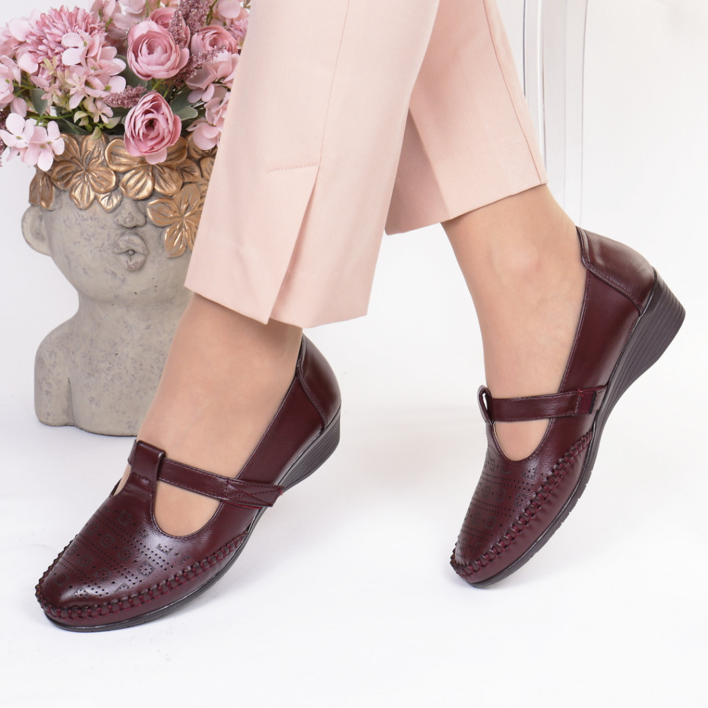 Pantofi bordo piele ecologica Casandra