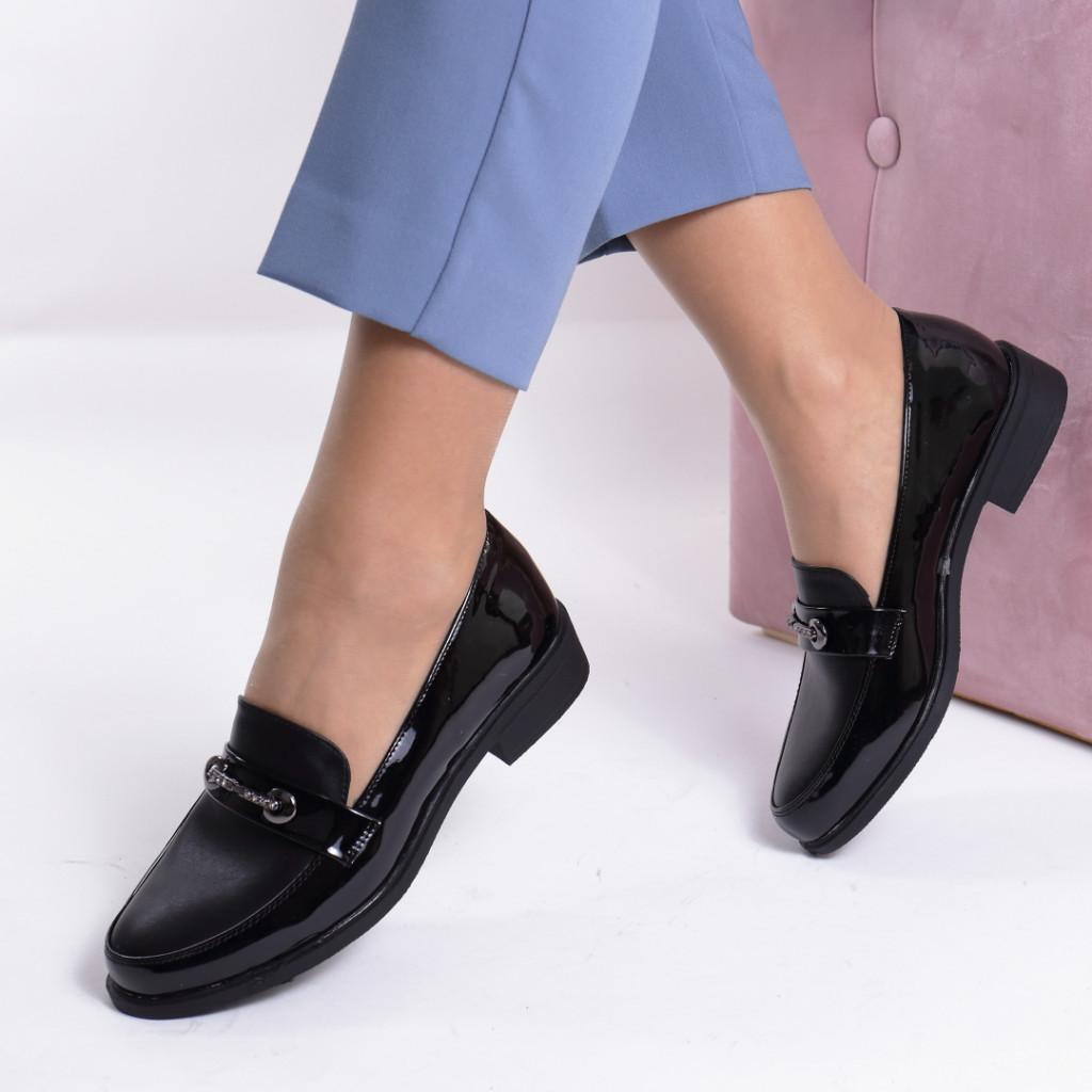 Pantofi piele ecologica lacuita Marineta