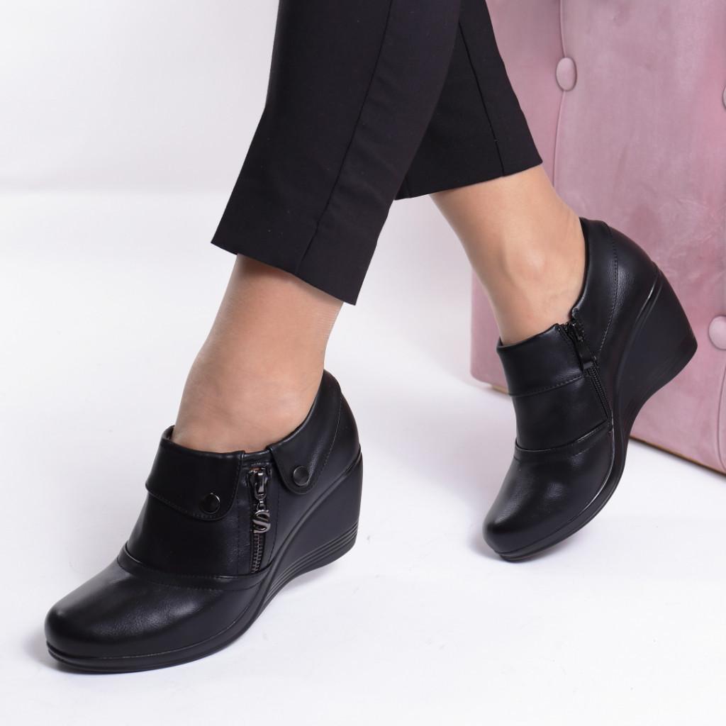 Pantofi piele ecologica Salemina