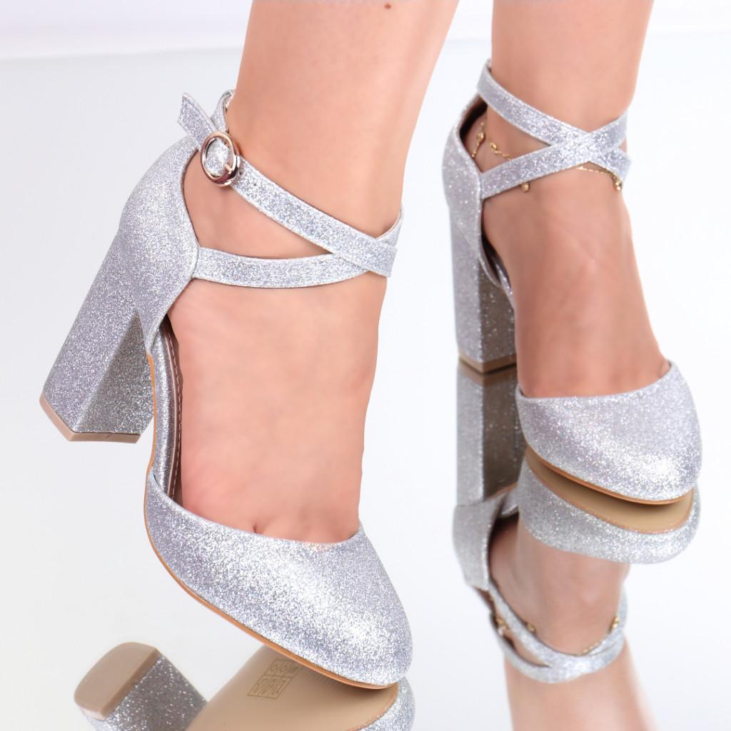 Pantofi cu sclipici argintii Sanziana