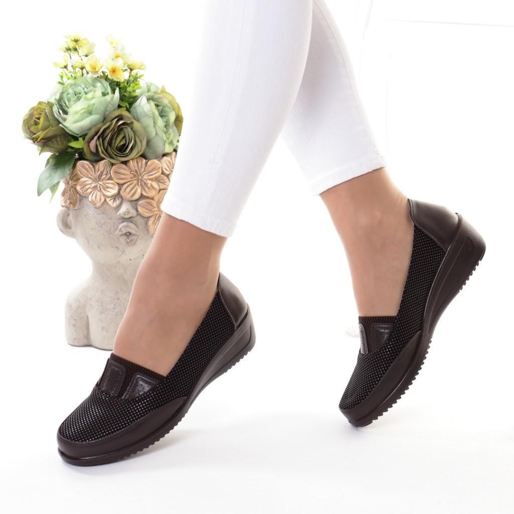 Pantofi maro piele ecologica Mania