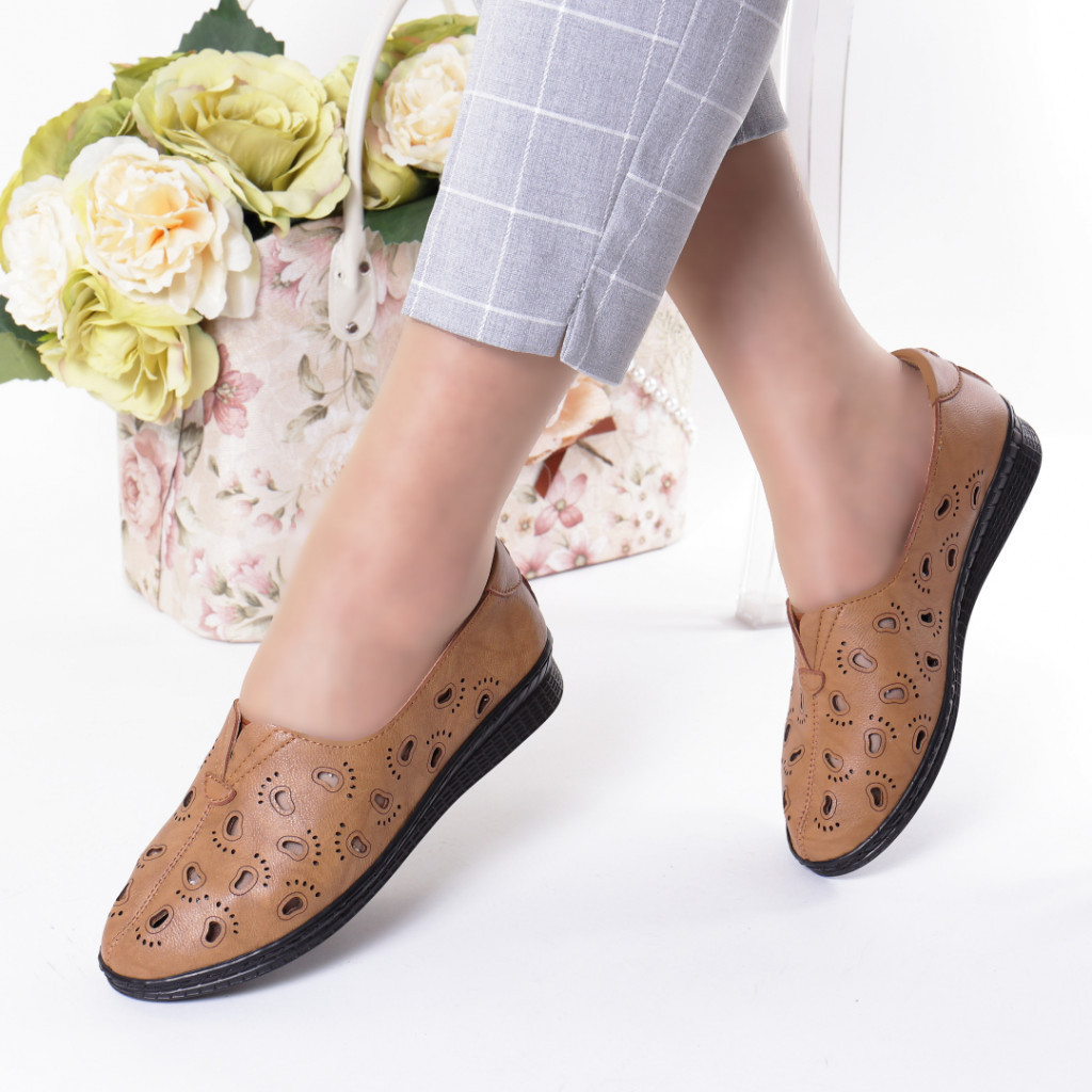 Pantofi maro piele ecologica Zelma