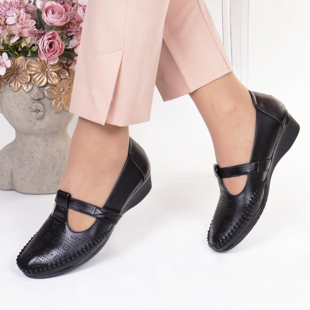 Pantofi negri piele ecologica Casandra