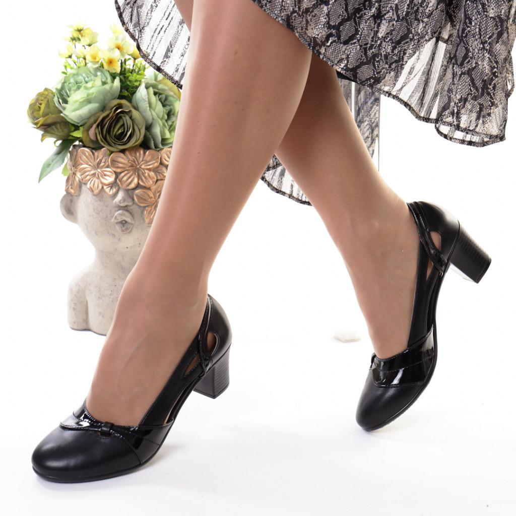 Pantofi negri piele ecologica Emigia