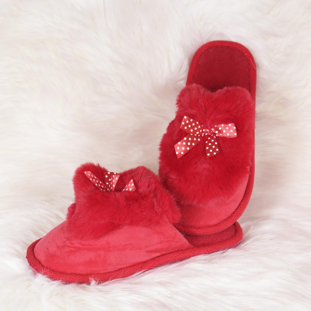 Papuci de casa rosii cu fundita si puf Hatia
