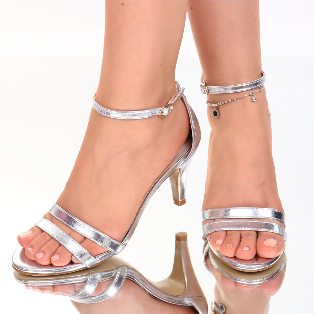Sandale piele ecologica argintii Abrienda