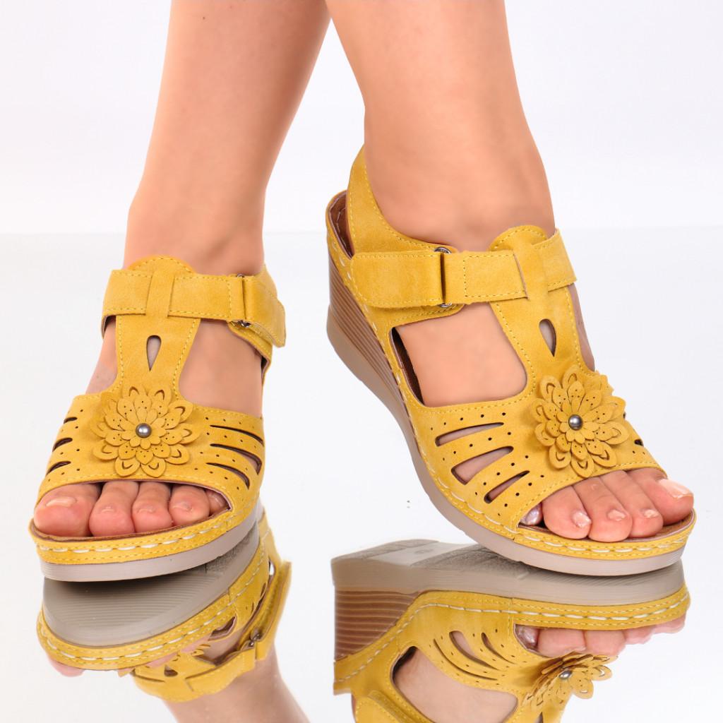 Sandale piele ecologica galbene Flora