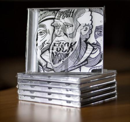 "Sticker ""Dragonu 47"" + Album ""Specii- Fuck Darwin"" (CD gratuit)"