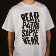 Tricou – Patru Sapte Wear (alb)