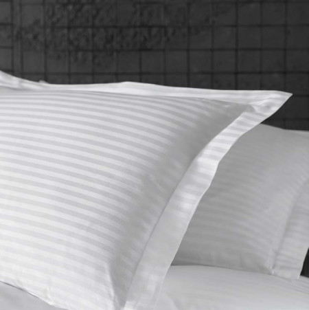 Lenjerie de pat damasc linear - ROGER - două persoane /disponibil dunga 1cm