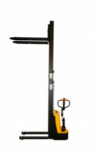 Transpalet electric varianta Basic, 1500 kg, 3000 mm inaltime ridicare