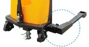 SSER1525, STIVUITOR SEMI-ELECTRIC CU PICIOARE REGLABILE EXTERIOARE PALETULUI, CAPACITATE 1.500 KG, INALTIME RIDICARE 2.500 MM