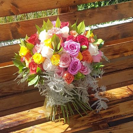 buchet-61-trandafiri-colorati