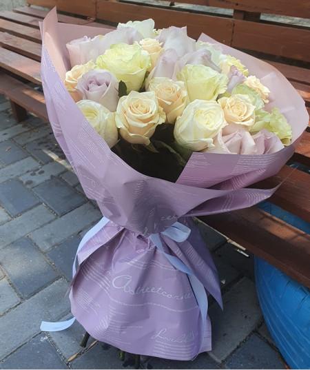 buchet-33-trandafiri-pastel