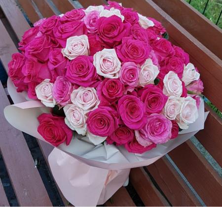 buchet-81-trandafiri-roz-2