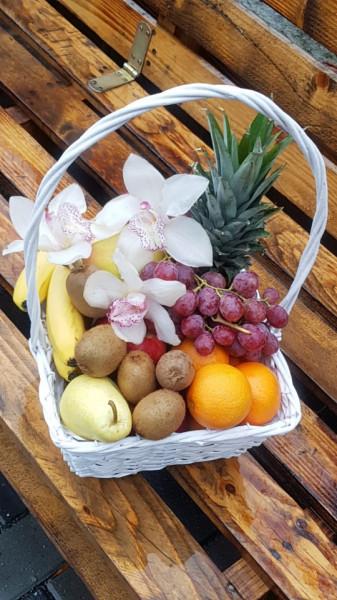 Cos cu fructe si orhidee