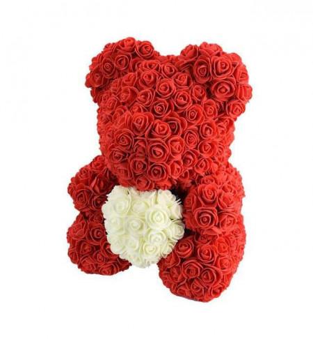 ursulet-din-trandafiri-cu-inima-alba