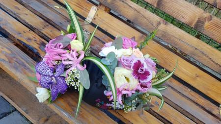 Aranjament-floral-Amfora-cu-orhidee