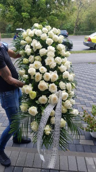 aranjament-funerar-pentru-sicriu-flori-naturale