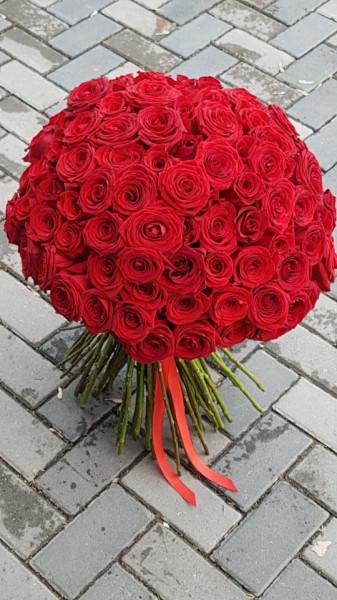 Buchet-mare-125-de-trandafiri